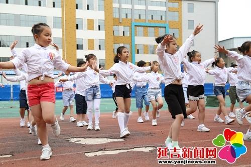 精彩六一节活力满校园趣味运动会快乐真难忘